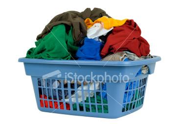 ist2_5681473-laundry