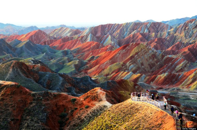 Rainbown Mountains 01