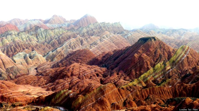 Rainbown Mountains 04