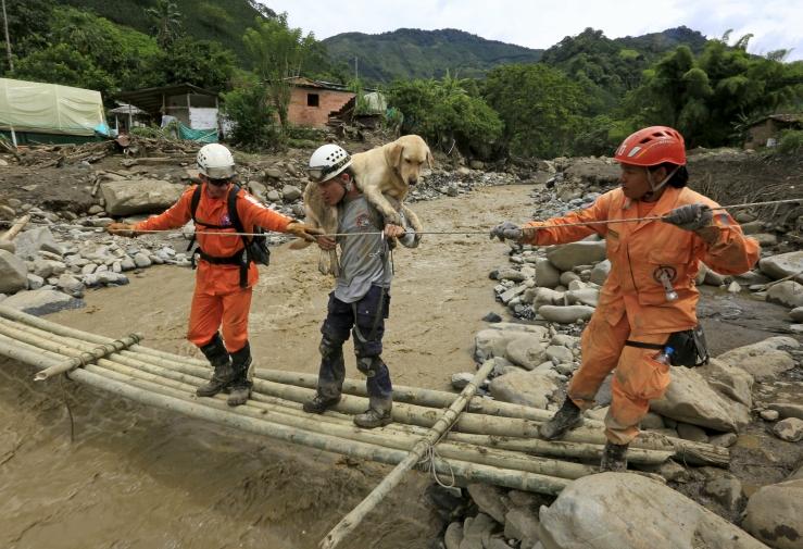 2015-05-19t203154z_64775920_gf10000100734_rtrmadp_3_colombia-landslide_1