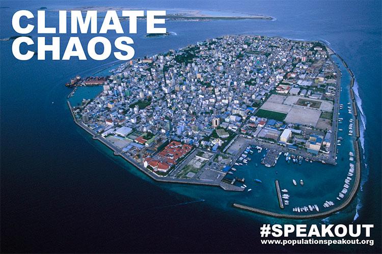 Uma das nações mais vulneráveis da Terra para as alterações climáticas, as Ilhas Maldivas estão gravemente ameaçadas pela subida do nível do mar.