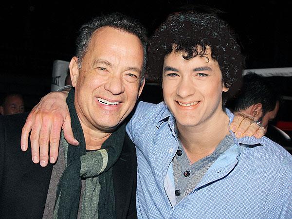 Tom Hanks: 2014 vs. 1980 (34 anos)
