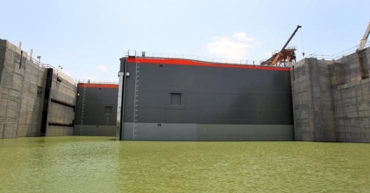 3jul2015---portao-do-canal-do-panama-e-aberto-durante-teste-realizado-nesta-sexta-feira-3-do-lado-do-pacifico-a-expansao-da-rota-inter-oceanica-uma-das-obras-de-engenharia-mais-importantes-da-1435957968059_956